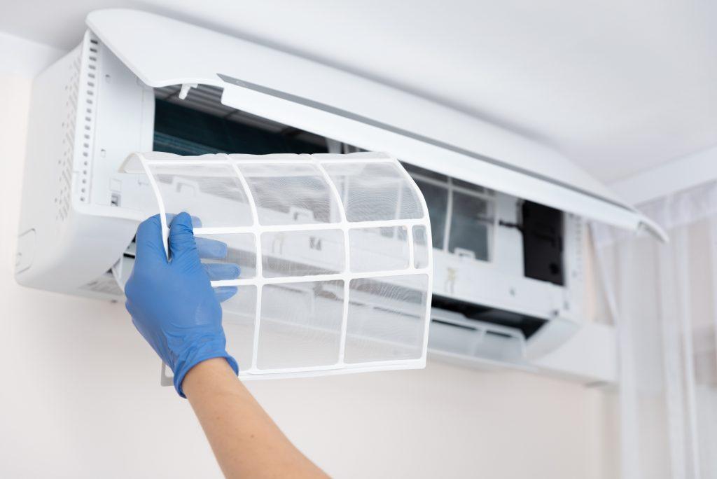 Split system air conditioner vent